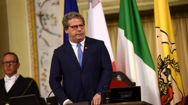 Caso covid all'Ars, il presidente Miccichè manda tutti a casa