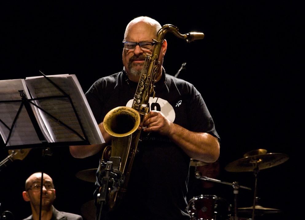 Scicli, spettacolo del jazz con il sax americano di Michael Rosen