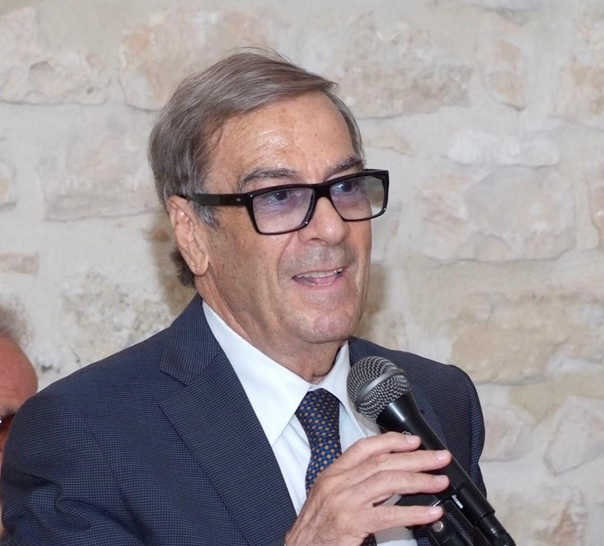 Ragusa, al Centro studi Rossitto si presenta libro di Michele Giardina