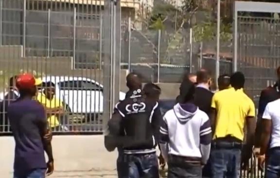 La gestione dei migranti in provincia di Agrigento, sette indagati e perquisizioni a tappeto