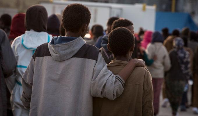 Migranti, fuga disperata dalla Libia per curare la leucemia