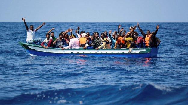 Arrivati autonomamente a Lampedusa 48 migranti