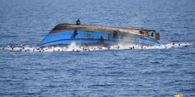 Migranti: naufragio al largo Libia, almeno sei persone morte
