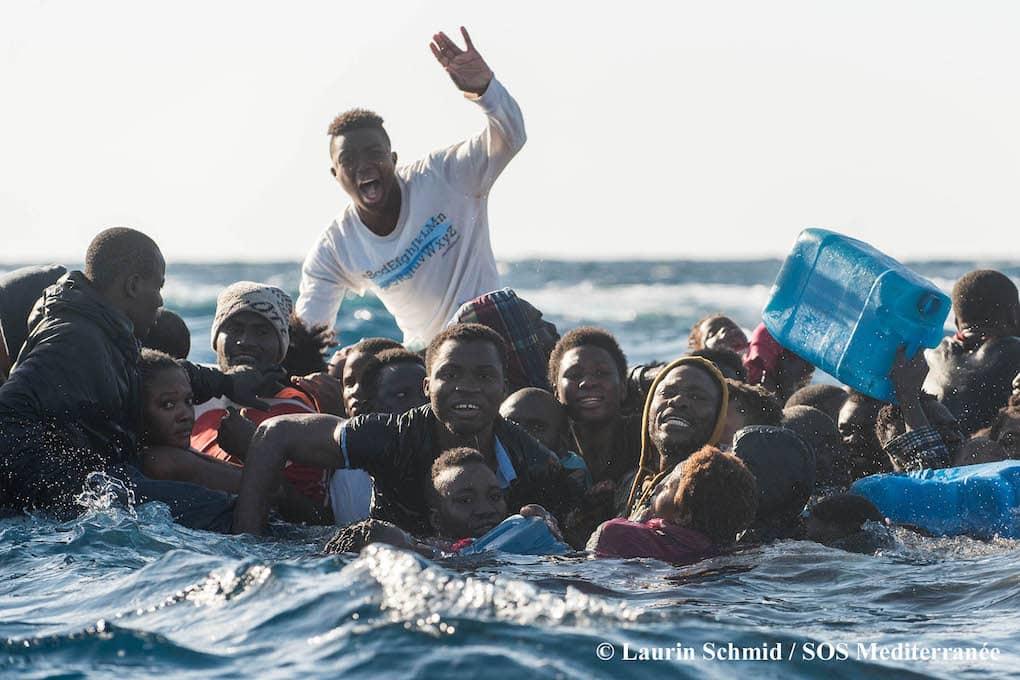 L'Ue denunciata all'Aja per i migranti morti in mare