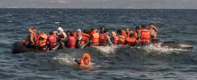 Sea Watch in un Twitter: naufragato a largo della Libia un gommone carico di migranti
