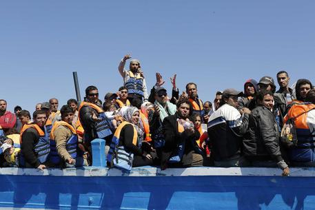 Traffico di migranti, sette persone arrestate in Salento