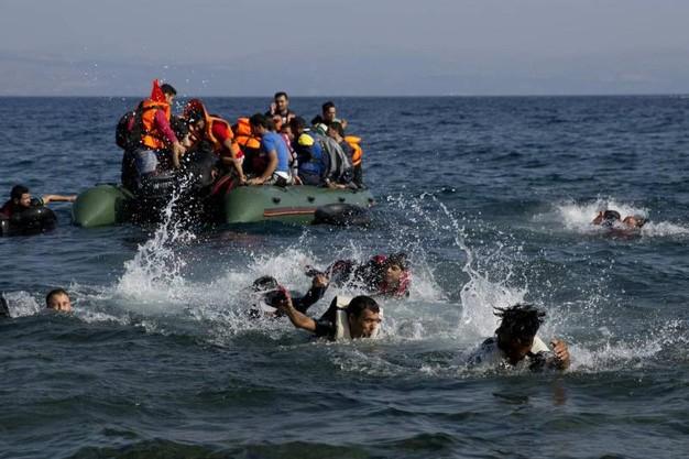 Migranti, in nove annegano davanti le coste della Turchia