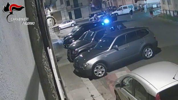 Razzismo, migranti picchiati tra Trappeto e Partinico: 7 arresti