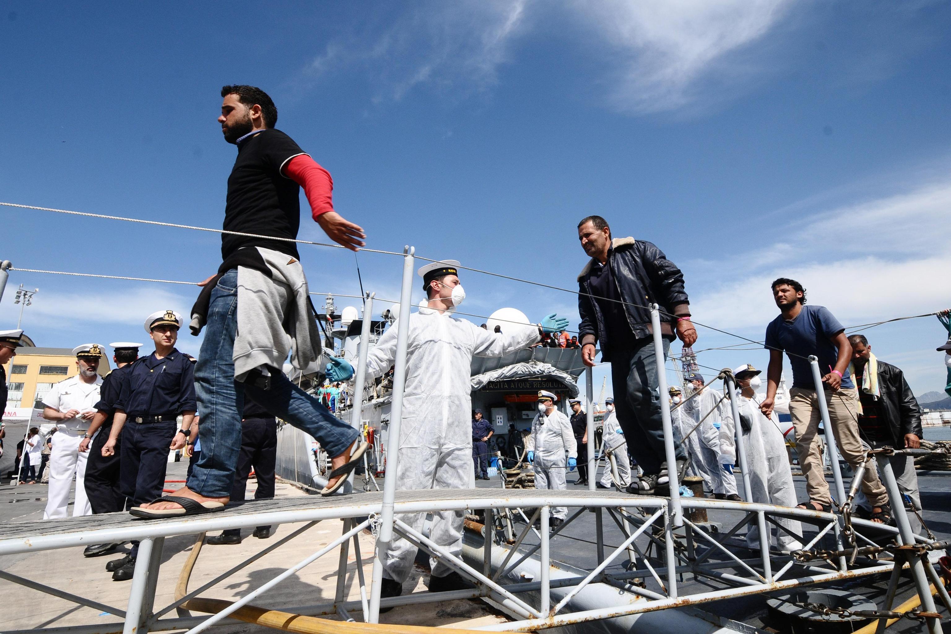 Migranti, 537 arrivati a Trapani: anche minori e donne incinte