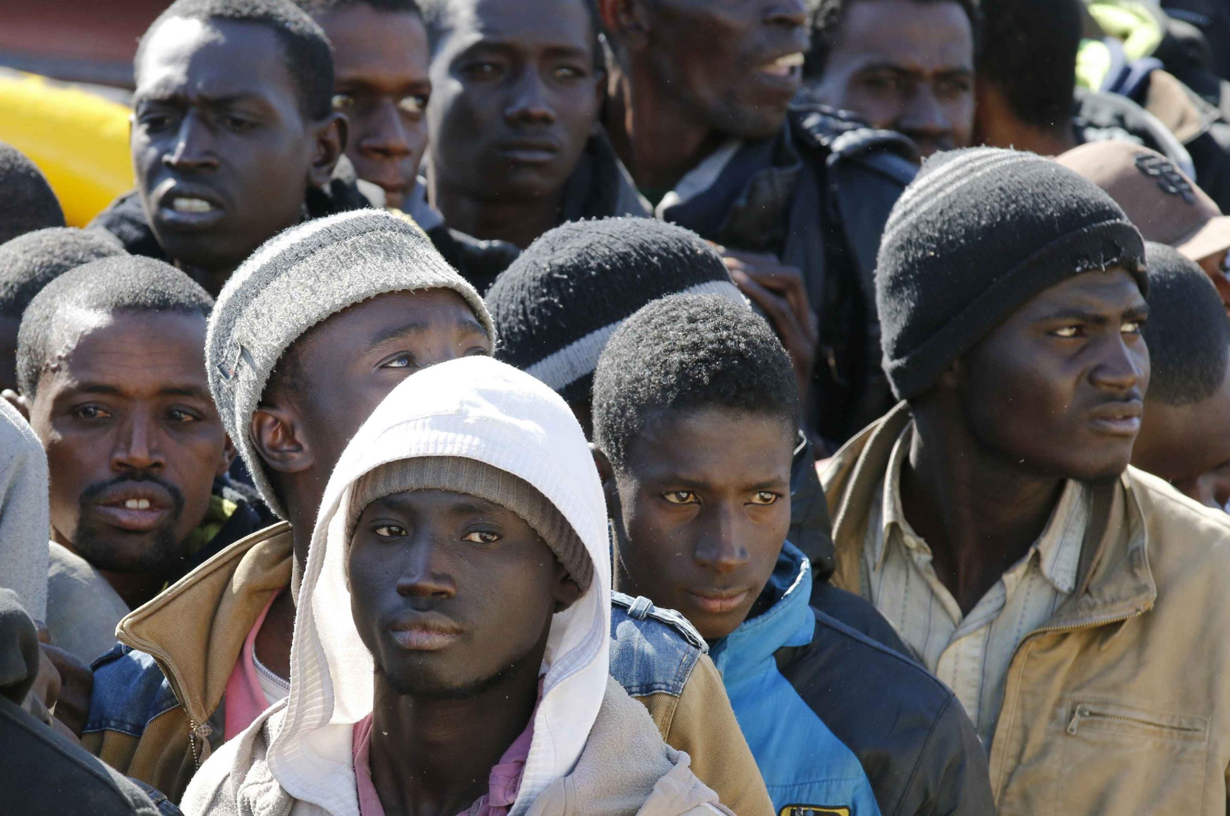 Migranti presi a bastonate e cinghiate, un arresto a Catania