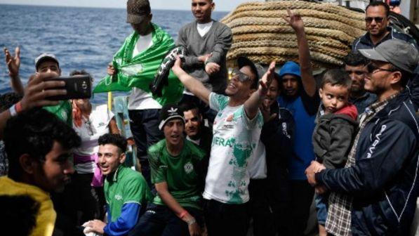 """Migranti, 105 a Catania e le Ong: """"La confusione genera morti"""""""
