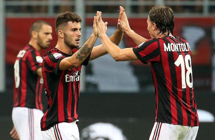 Milan e Napoli rispondono alla Juve: colpaccio esterno della Lazio