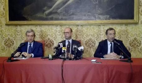 Criminalità a Milano, Alfano annuncia l'arrivo altri 150 soldati
