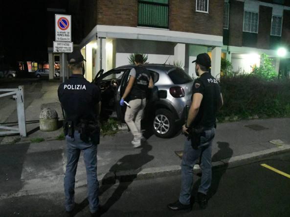 Uccisa in casa alla periferia di  Milano sud, forti sospetti sul marito