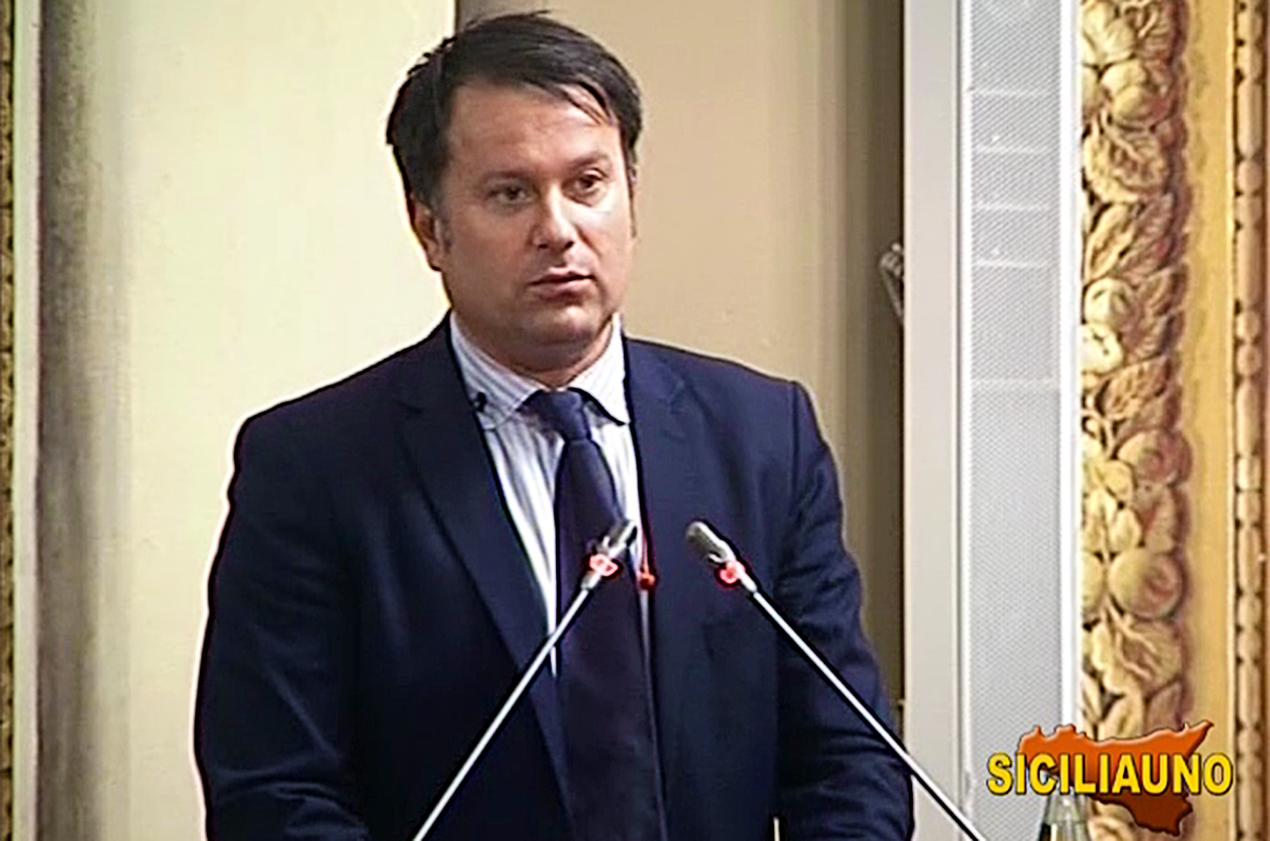 Europee, pressing su Berlusconi per non rinunciare a candidatura di Milazzo