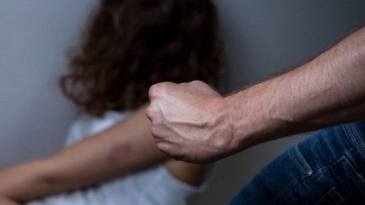 Minacce all'ex compagna e agli ex suoceri: arrestato a Santa Venerina