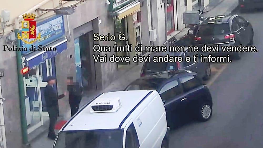 Mafia, imponevano i loro prodotti ai ristoratori: 3 misure cautelari a Palermo
