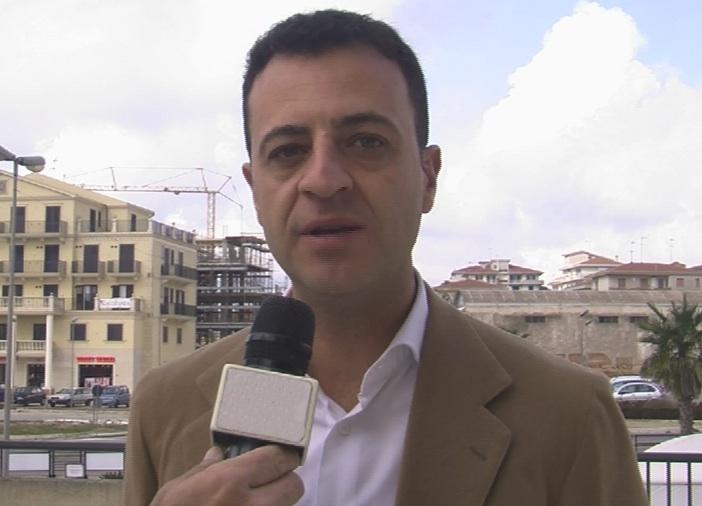 L'addio di Minardo ad Alternativa popolare: ritorna a Forza Italia