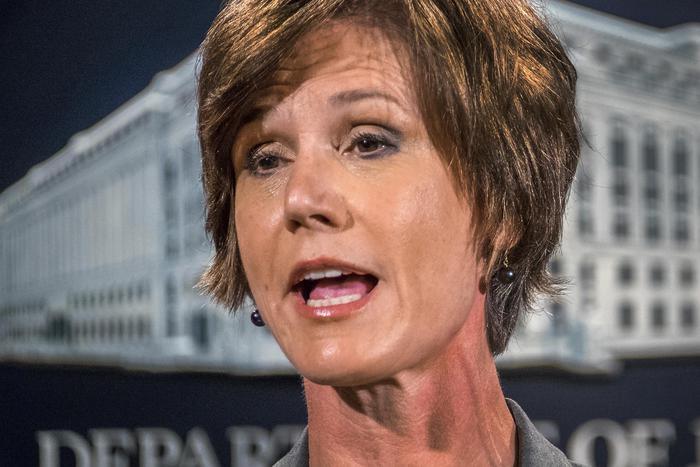 Trump licenzia la responsabile Giustizia Sally Yates, al suo posto Dana Boente