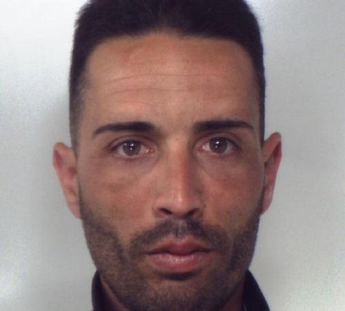 Catania, ai domiciliari e nascondeva un'arma clandestina: arrestato