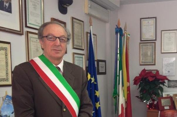 Portopalo, tregua elettorale finita: chieste le dimissioni del sindaco