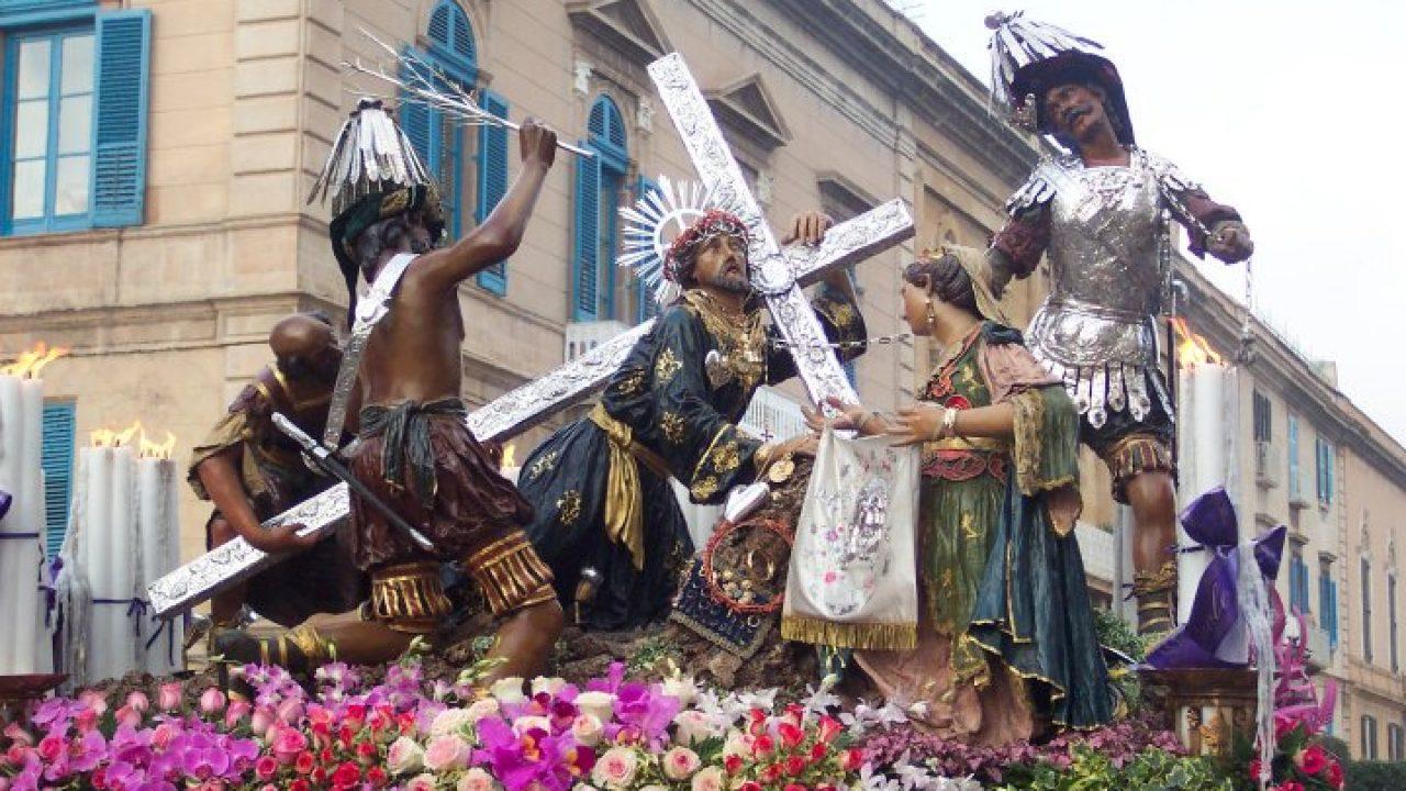 Tradizioni, la processione dei Misteri di Trapani diventa un'opera da camera
