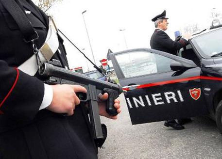 Napoli, a 15 anni uccide affiliati autonomi: arrestato dai carabinieri