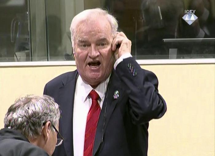 """Fu genocidio"", Mladic condannato all'ergastolo"