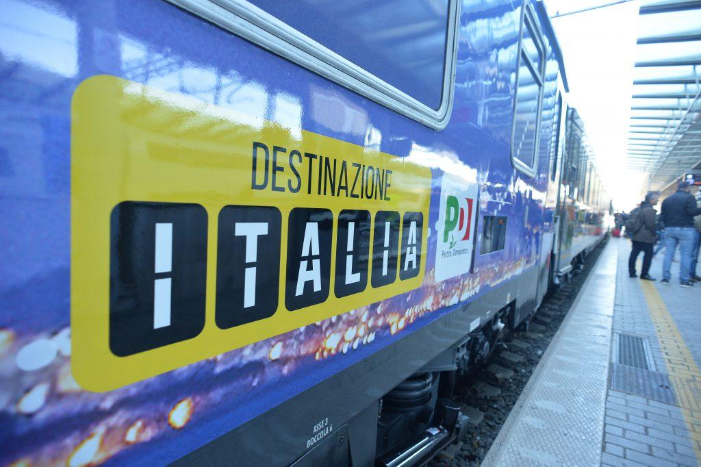 """""""Destinazione Italia"""", il treno di Renzi per due giorni in Calabria"""