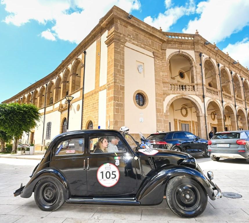 Giovanni Moceri e Valeria Dicembre su Fiat 508 C del 1939 vincono la Targa Florio Classica 2021