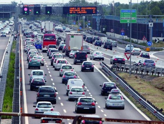 Sorpasso fatale sulla A1 vicino Bologna, morto un uomo di Enna