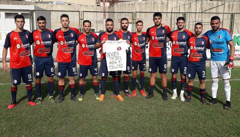 Calcio, Promozione: giocatore positivo nello staff nisseno, rinviata la gara tra Modica e Gela