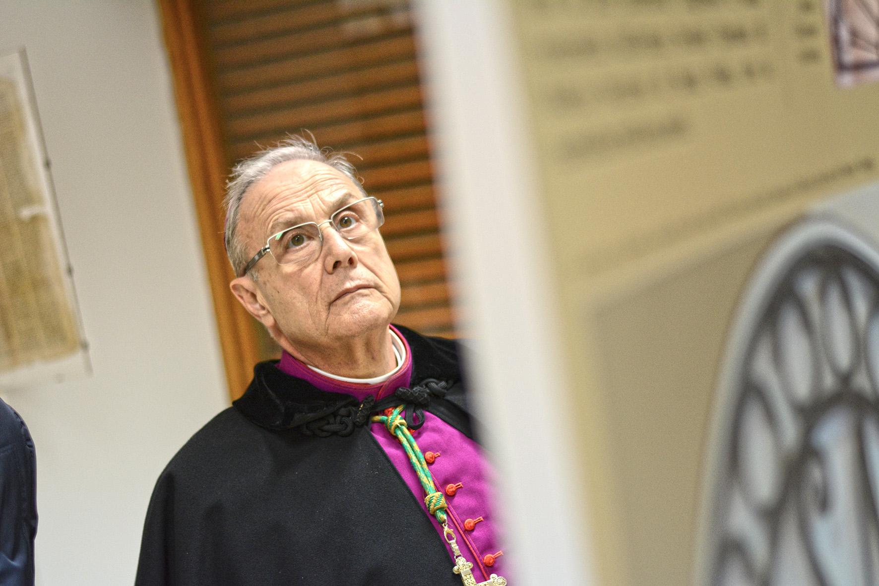 """Vescovo di Mazara a Musumeci: """"Il razzismo è contro il Vangelo"""""""
