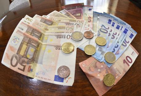 Sequestrata a Reggio Calabria un'agenzia di money transfer