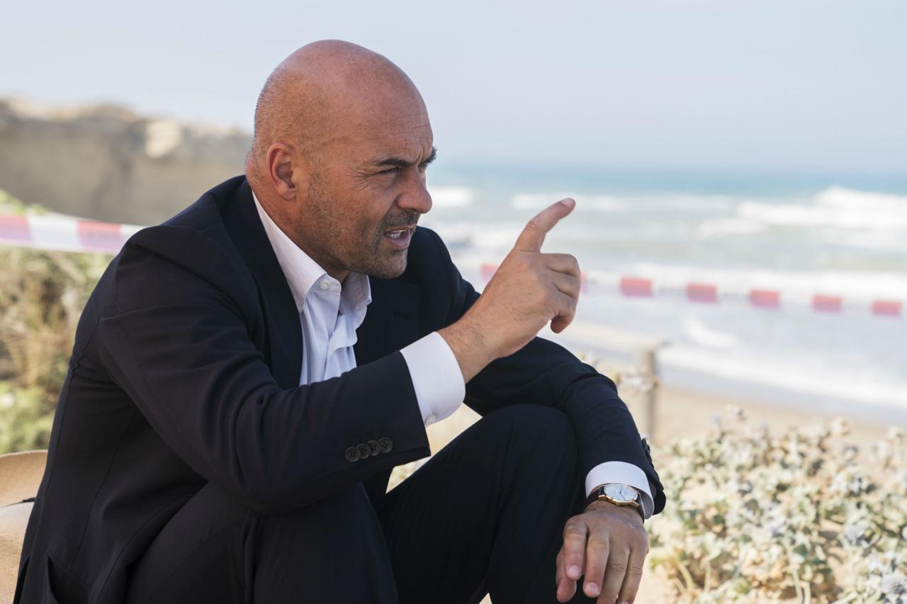 Raiuno, torna Montalbano in tv, storie di migranti di ieri e di oggi