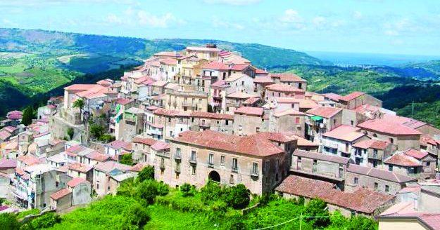 Focolaio covid in una Rsa di Monterosso Calabro: 38 positivi