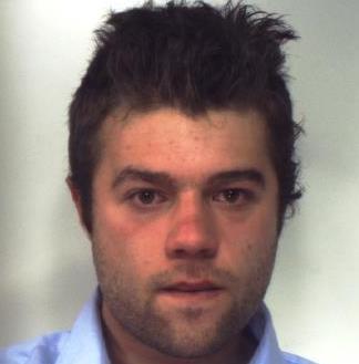 Accoltella 14enne alla gola durante una festa: arrestato a Vizzini