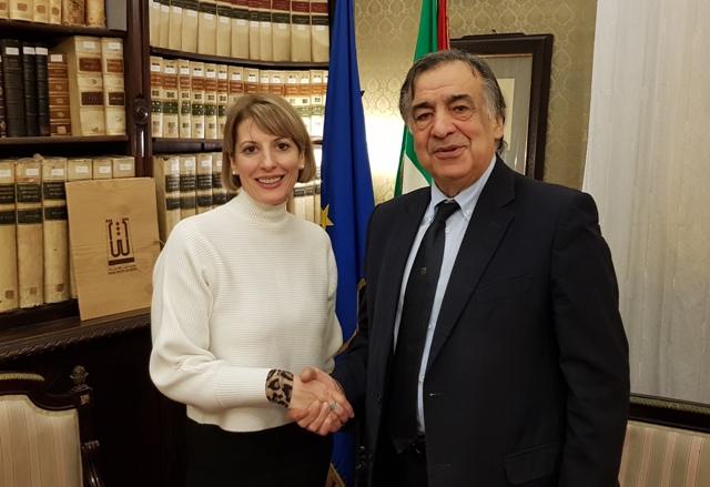 Il sindaco di Palermo incontra ambasciatrice britannica Jill Morris