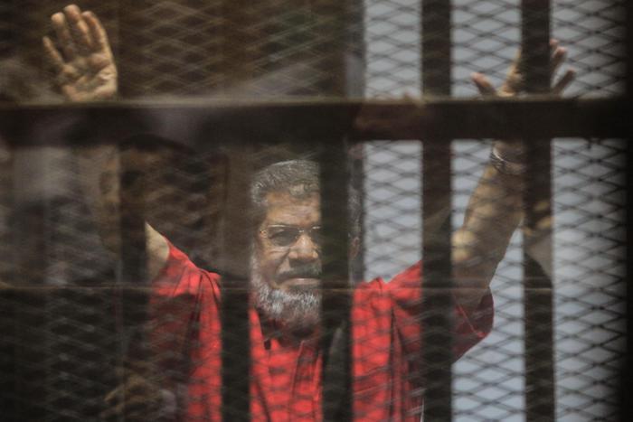 Morto l'ex presidente Morsi per un infarto: è allerta in Egitto