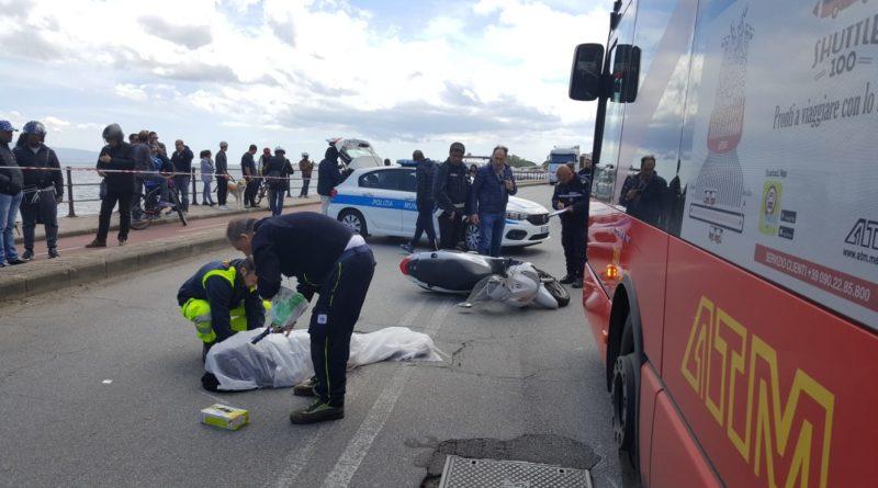Motorino contro un camion, ragazza morta a Messina