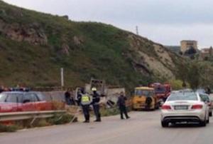 Furgone fuori strada sulla Caltanissetta - Agrigento: un morto