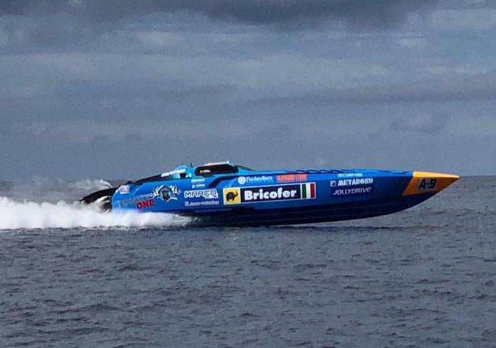 Motonautica, da Messina alle Eolie Schepici e Montavoci inseguono il record mondiale