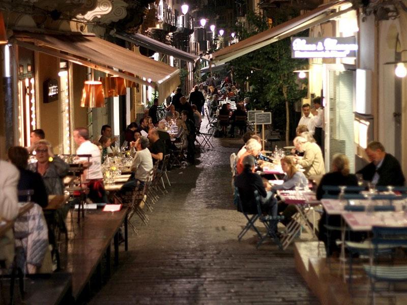 Catania, assessore delibera spazi pubblici per Ristoranti e Bar in zona Movida