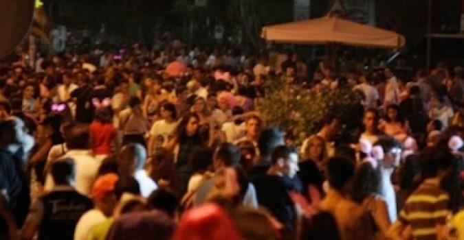 Anti covid, ordinanze dei sindaci del Siracusano: locali della Movida chiusi alle 2