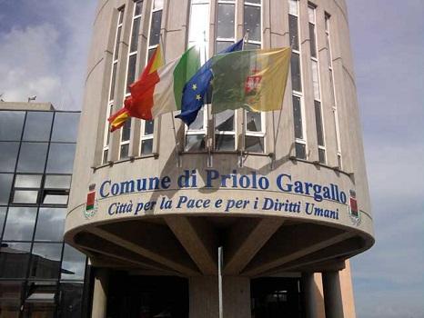 Priolo, impedirono referendum per ridurre gettoni di presenza: 9 indagati
