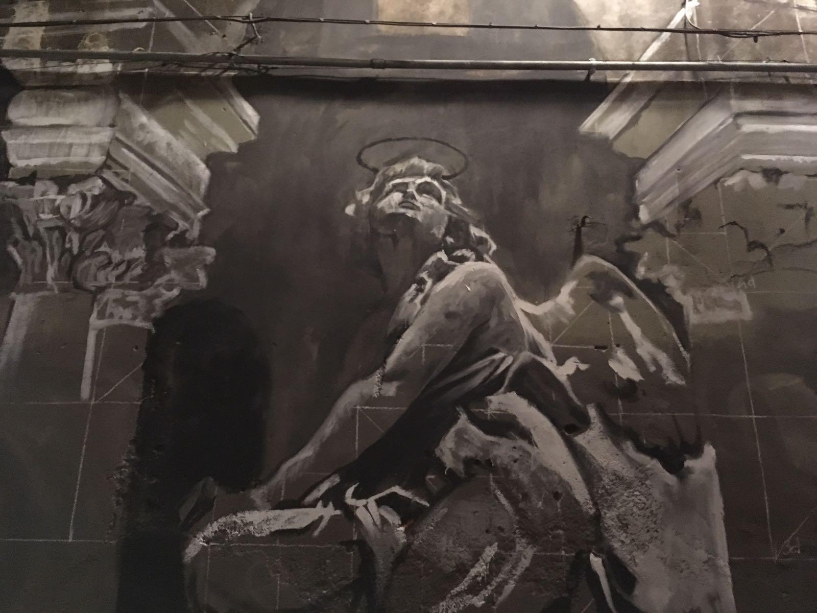 Gomez realizza un grande murale per la Cappella Bonajuto a Catania