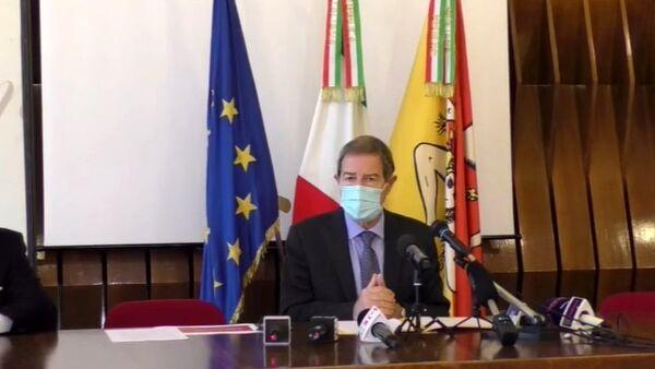 Nuovi positivi al Covid sotto i 900 in Sicilia, Musumeci: potremmo revocare zona rossa