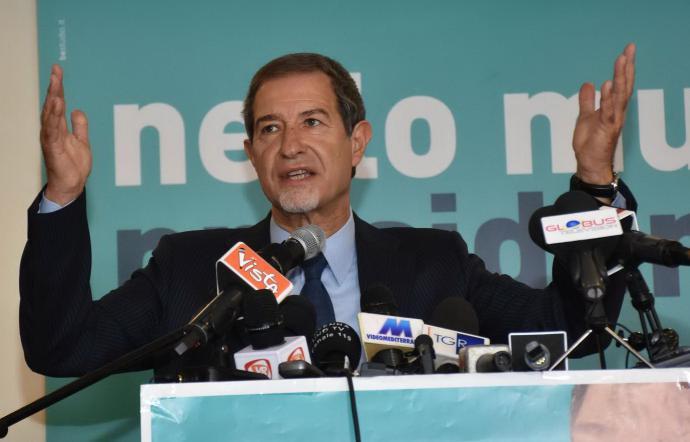 Regione, Musumeci firma il suo primo decreto: 113 milioni per i Comuni