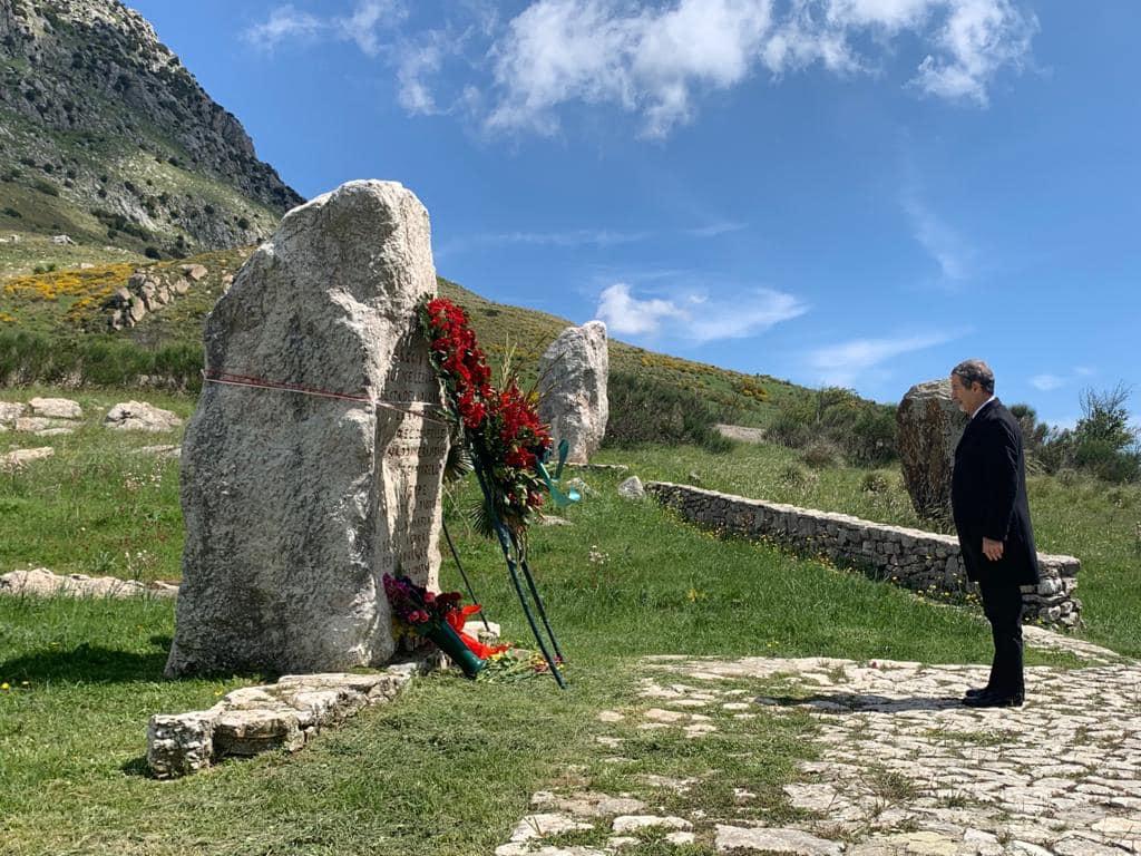 Il presidente Musumeci a Portella della Ginestra: omaggio ai lavoratori uccisi
