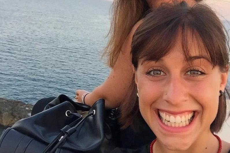 Terapista massacrata a coltellate, sconvolti parenti e amici di Siracusa